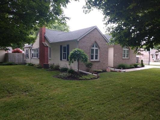 719 S Hawthorne Road, Muncie, IN 47304 (MLS #21573929) :: Heard Real Estate Team