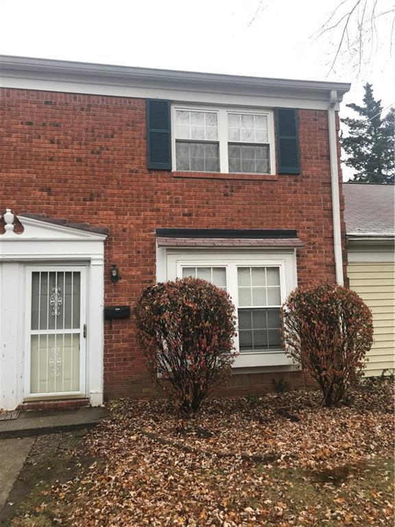1624 Marborough Lane, Indianapolis, IN 46260 (MLS #21581841) :: AR/haus Group Realty