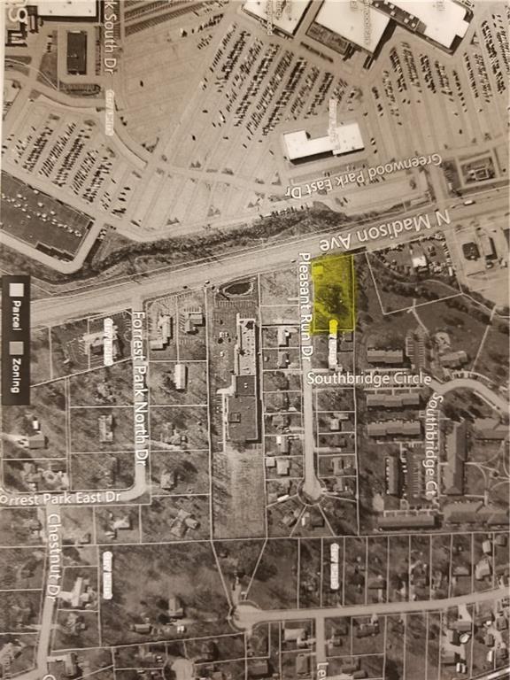 512 Pleasant Run Drive, Greenwood, IN 46142 (MLS #21592195) :: Heard Real Estate Team   eXp Realty, LLC