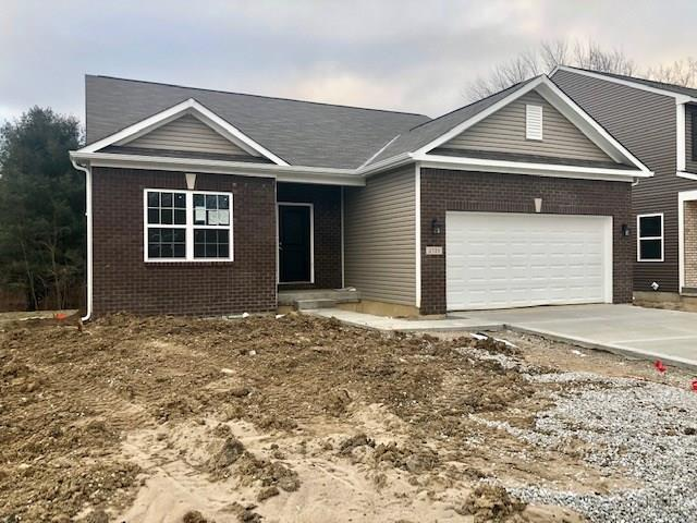 2721 Applecard Drive, Indianapolis, IN 46234 (MLS #21592738) :: Mike Price Realty Team - RE/MAX Centerstone
