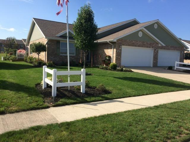 215 E Charter Drive, Muncie, IN 47303 (MLS #21599169) :: The ORR Home Selling Team