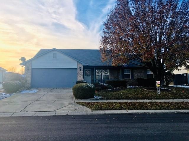510 E Quail Ridge Drive, Westfield, IN 46074 (MLS #21607342) :: Mike Price Realty Team - RE/MAX Centerstone