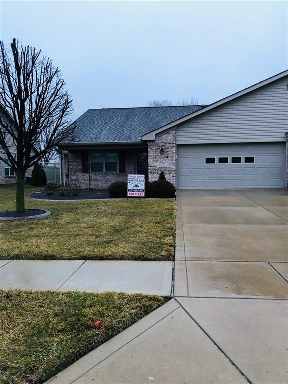 1705 Vidalia Court, Greenwood, IN 46142 (MLS #21618307) :: Mike Price Realty Team - RE/MAX Centerstone