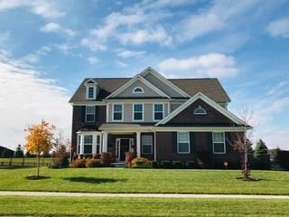 8722 Windpointe Pass, Zionsville, IN 46077 (MLS #21619486) :: AR/haus Group Realty
