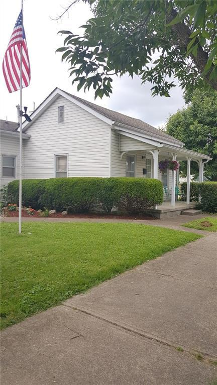 510 S Marion Street, Martinsville, IN 46151 (MLS #21629229) :: Mike Price Realty Team - RE/MAX Centerstone