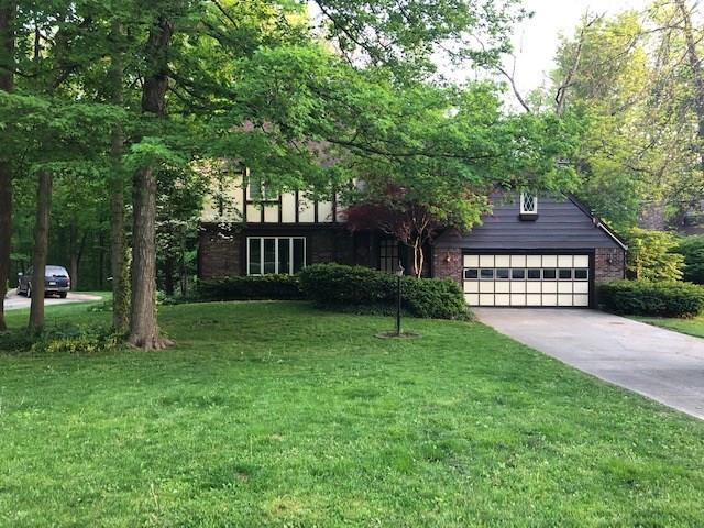 7743 Thorncrest Drive, Mooresville, IN 46158 (MLS #21633178) :: Richwine Elite Group