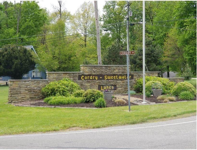 8453 Center Lake Road - Photo 1