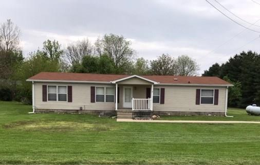 11570 W 200 S, Parker City, IN 47368 (MLS #21640567) :: The ORR Home Selling Team