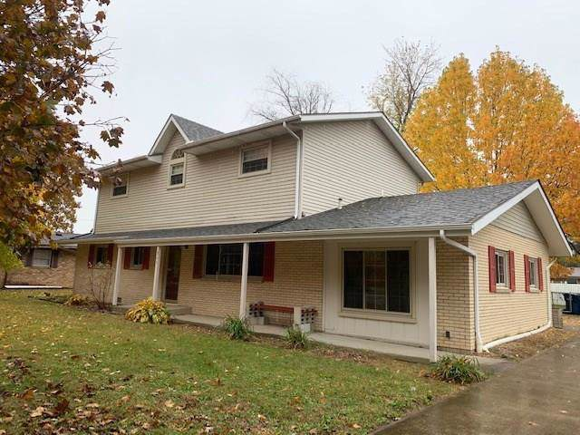 945 S Westchester Park Drive, Yorktown, IN 47396 (MLS #21678940) :: The ORR Home Selling Team