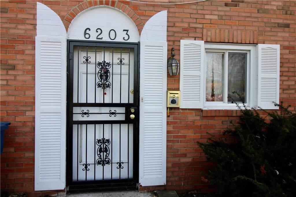 6203 Gateway Drive - Photo 1