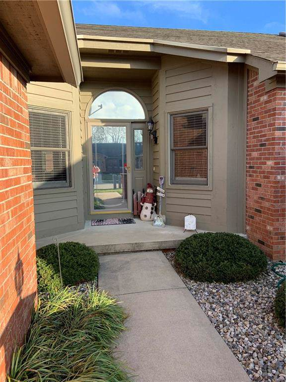 1327 Country Creek Circle, Shelbyville, IN 46176 (MLS #21685495) :: Heard Real Estate Team | eXp Realty, LLC