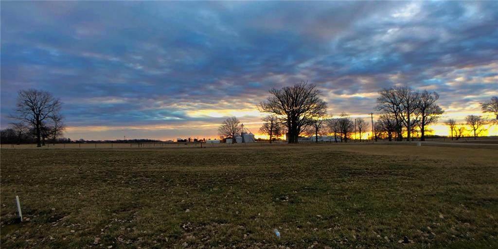 7179 Lakeshore Drive - Photo 1