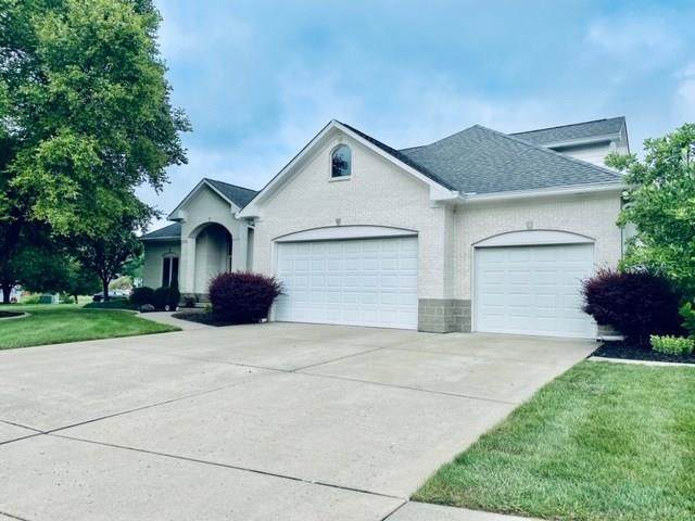 342 Walnut Drive, Danville, IN 46122 (MLS #21729462) :: Mike Price Realty Team - RE/MAX Centerstone