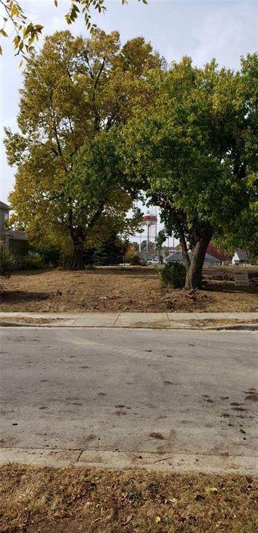 436 1st Avenue SE, Carmel, IN 46032 (MLS #21732443) :: Mike Price Realty Team - RE/MAX Centerstone