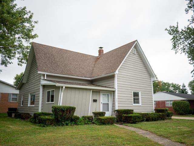 706 School Street, Greenfield, IN 46140 (MLS #21734227) :: Mike Price Realty Team - RE/MAX Centerstone
