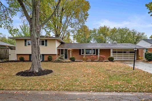 2304 W Cambridge Drive, Muncie, IN 47304 (MLS #21737160) :: The ORR Home Selling Team
