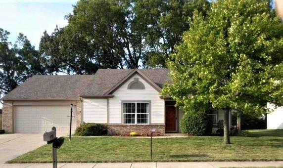 3952 Cherry Blossom Boulevard, Indianapolis, IN 46237 (MLS #21737240) :: Mike Price Realty Team - RE/MAX Centerstone