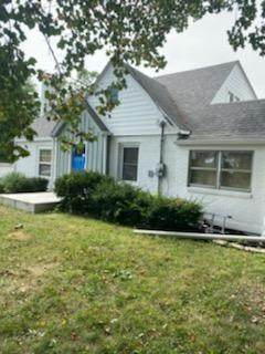6450 Gray Road, Indianapolis, IN 46237 (MLS #21738549) :: Mike Price Realty Team - RE/MAX Centerstone