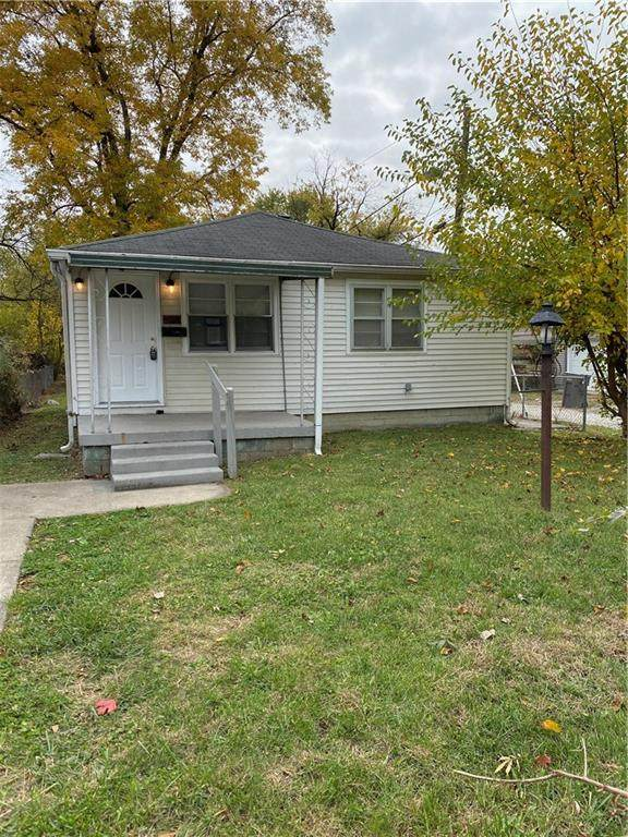 4513 E 18th Street, Indianapolis, IN 46218 (MLS #21746534) :: Mike Price Realty Team - RE/MAX Centerstone