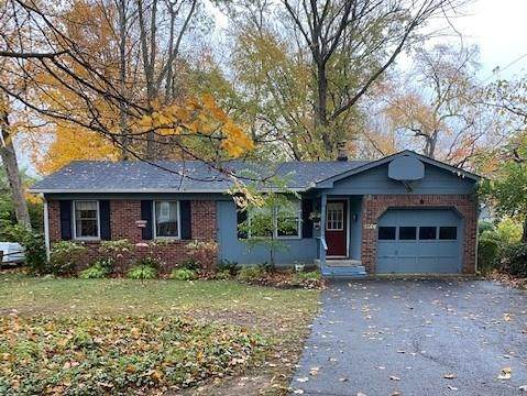 5911 Hillside Avenue East Drive, Indianapolis, IN 46220 (MLS #21748698) :: Ferris Property Group