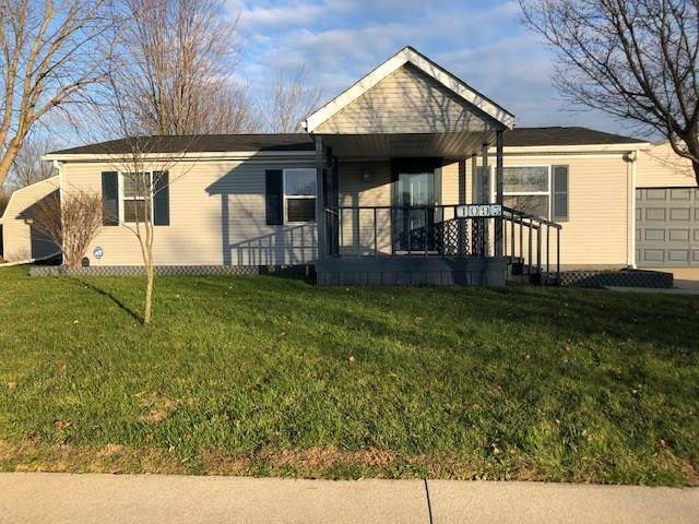 1093 Whipporwill Drive, Seymour, IN 47274 (MLS #21756231) :: Realty ONE Group Dream