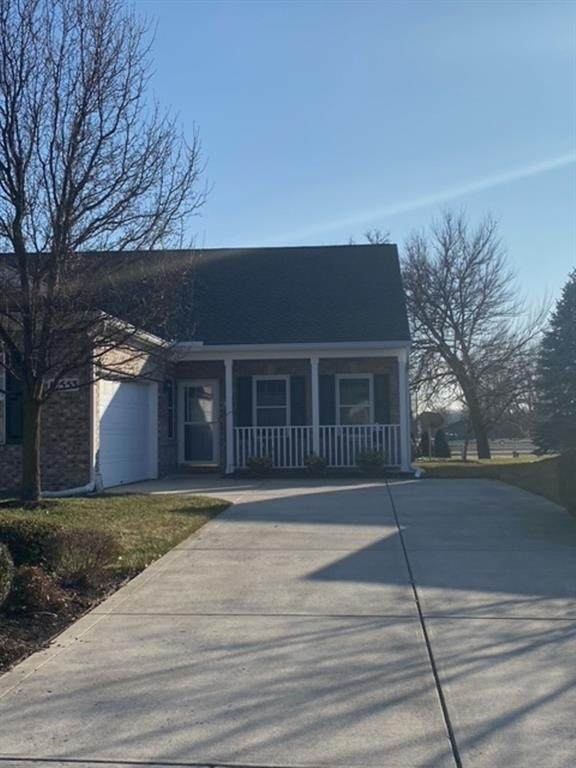 10553 Medinah Drive S, Indianapolis, IN 46234 (MLS #21759249) :: The Evelo Team