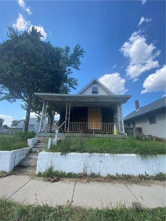 2302 Prospect Street, Indianapolis, IN 46203 (MLS #21791643) :: The Evelo Team