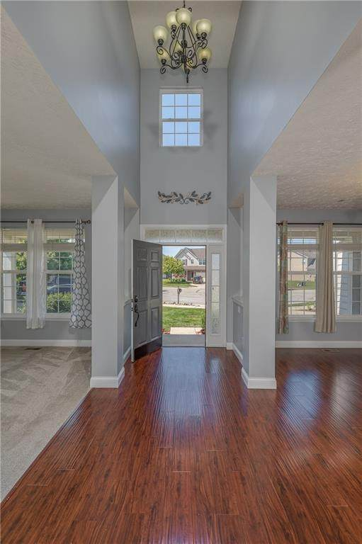14422 Sherbrooke Drive, Mccordsville, IN 46055 (MLS #21800104) :: The Evelo Team