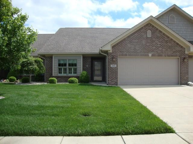 4969 Anna Maria Drive, Columbus, IN 47203 (MLS #21626223) :: The Indy Property Source