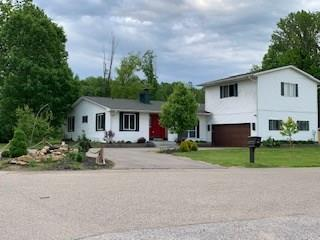 4171 E Lakeview Drive, Martinsville, IN 46151 (MLS #21631404) :: Mike Price Realty Team - RE/MAX Centerstone