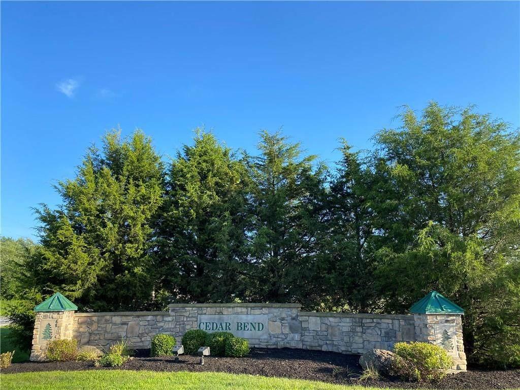 6110 Cedar Bend Way - Photo 1