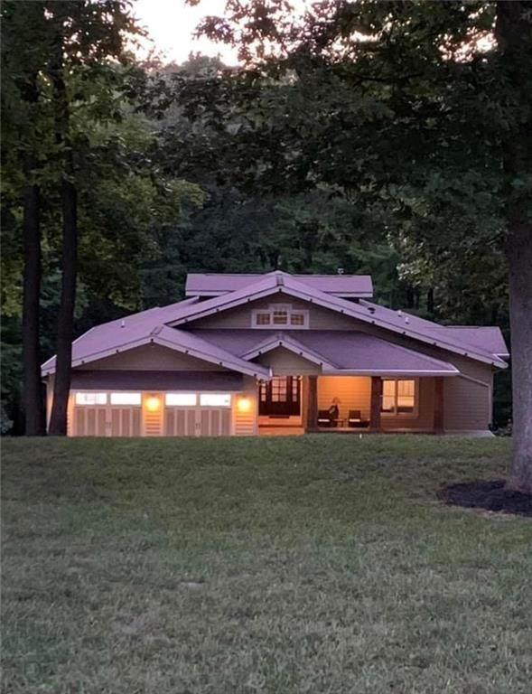 2562 Lincoln Hill Road, Martinsville, IN 46151 (MLS #21727625) :: David Brenton's Team