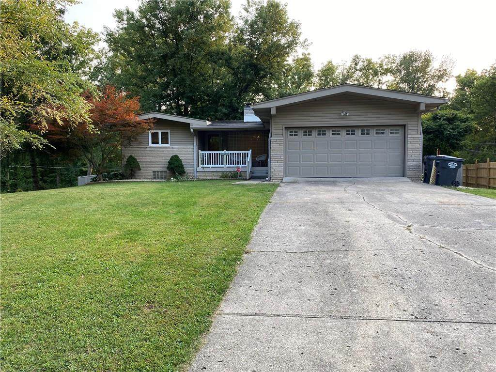 620 Lindenwood Drive - Photo 1