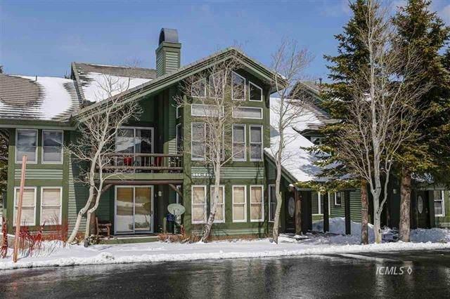 890 Links Way #890, Mammoth Lakes, CA 93546 (MLS #2311301) :: Millman Team