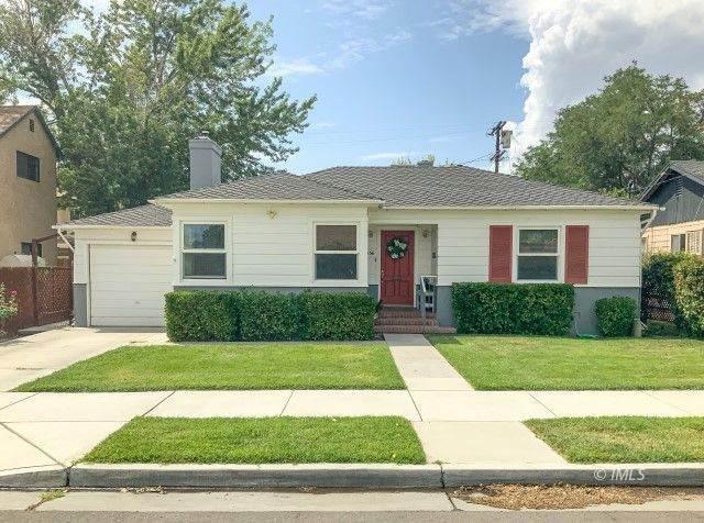 536 Grove St, Bishop, CA 93514 (MLS #2311759) :: Millman Team