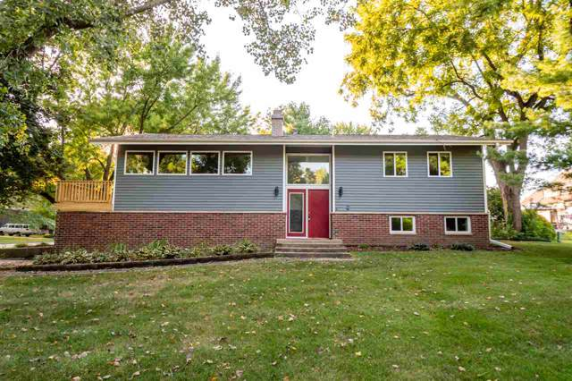 1496 Valley View Dr, Coralville, IA 52241 (MLS #20195236) :: The Johnson Team