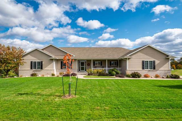 2810 Skyview Dr Ne, Swisher, IA 52338 (MLS #20196409) :: The Johnson Team