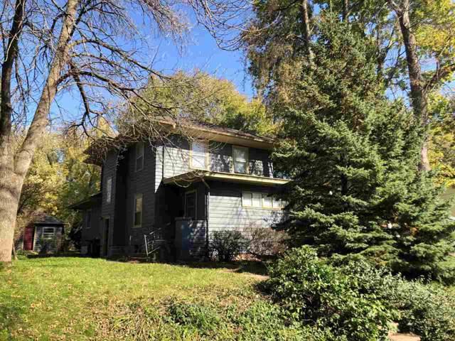 1530 Muscatine Ave, Iowa City, IA 52240 (MLS #20196595) :: The Johnson Team