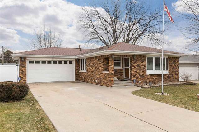 20 27th Ave Sw, Cedar Rapids, IA 52404 (MLS #202000518) :: The Johnson Team