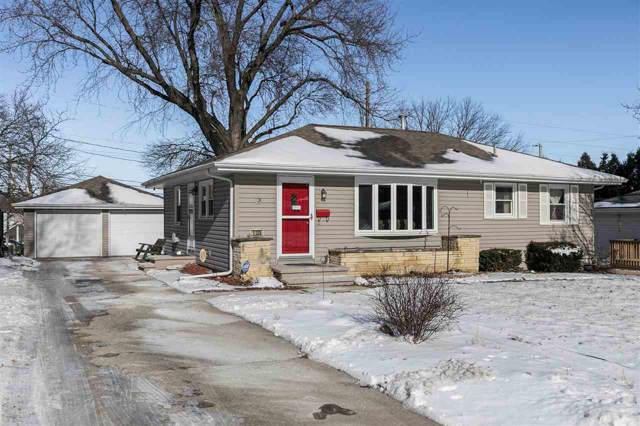 1120 Mitchell Dr, Marion, IA 52302 (MLS #202000638) :: The Johnson Team