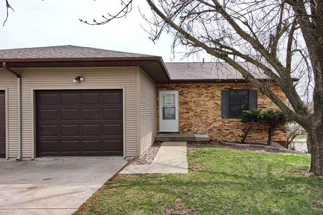 1295 Dolen Pl., Iowa City, IA 52246 (MLS #202001616) :: The Johnson Team