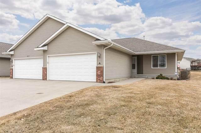 3617 SW Banar Drive A, Cedar Rapids, IA 52404 (MLS #202001681) :: The Johnson Team