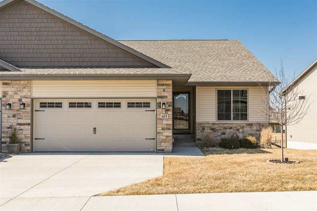 615 Fawn Ave, Tiffin, IA 52340 (MLS #202001904) :: The Johnson Team