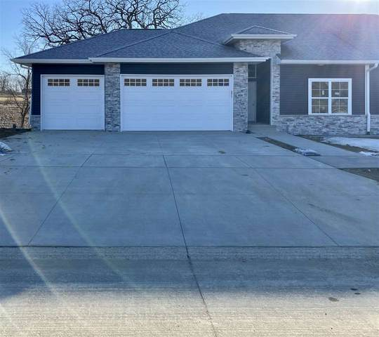902 Ella Ave, Tiffin, IA 52340 (MLS #202002007) :: The Johnson Team