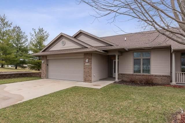 1628 Baldwin Ln., Iowa City, IA 52240 (MLS #202002220) :: The Johnson Team