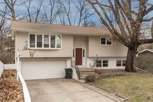 3711 Terrace Hill Dr Ne, Cedar Rapids, IA 52402 (MLS #202002229) :: The Johnson Team