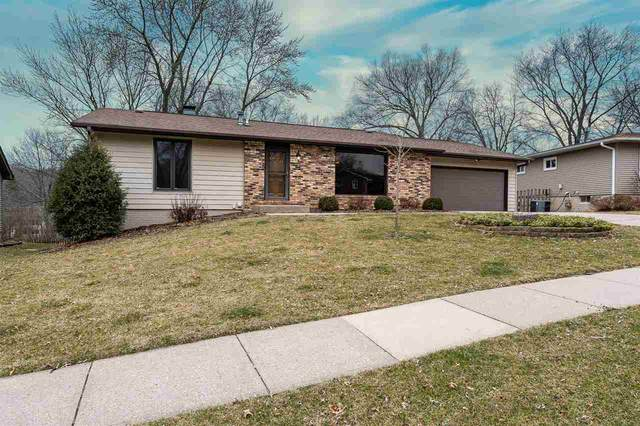 147 Columbia Drive, Iowa City, IA 52245 (MLS #202002374) :: The Johnson Team
