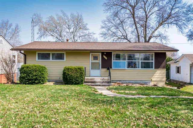 707 10th Avenue, Coralville, IA 52241 (MLS #202002472) :: The Johnson Team