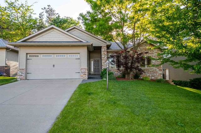 2262 Dempster Dr, Coralville, IA 52241 (MLS #202003631) :: The Johnson Team