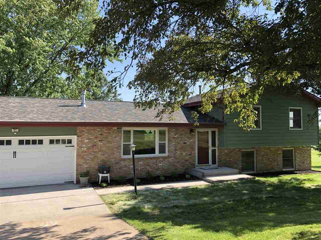 18 Greenview Drive, West Branch, IA 52358 (MLS #202003718) :: The Johnson Team
